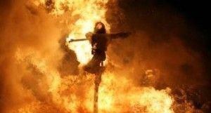 sorcière brûlée par l'inquisition image caricaturale