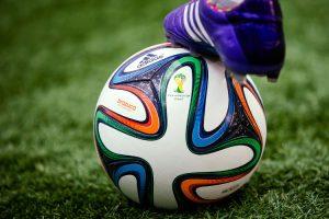Considérations sur le sport, l'arbitrage, et la masculinité